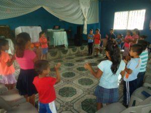 1b-training-che-children-for-leadership